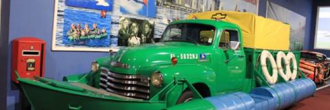 Camiones anfibio para el exilio o la imaginación al poder